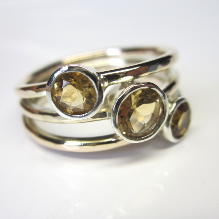 HJ_BESPOKE_9ct yellow bands with 9ct white setting Citrines 1