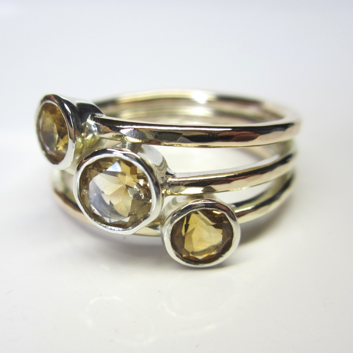HJ_BESPOKE_9ct yellow bands with 9ct white setting Citrines 2