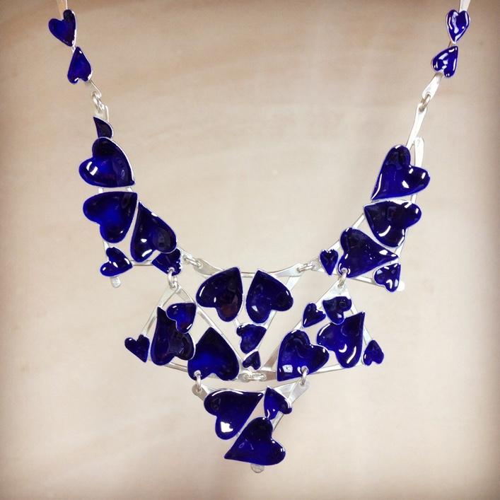 HJ_BESPOKE_Blue Enamel Heart Neckpiece1