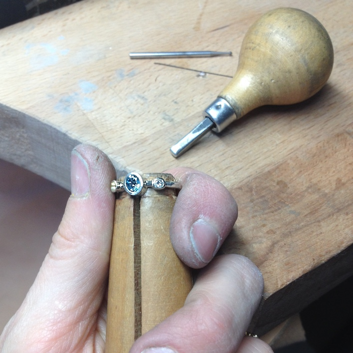 HJ_BESPOKE_Diamond and Aqua Engagement Ring2