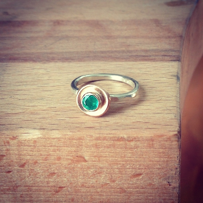 HJ_BESPOKE_Emerald Pod Ring