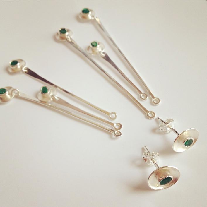 HJ_BESPOKE_Emerald Ring, Neckpiece and Earrings Set2
