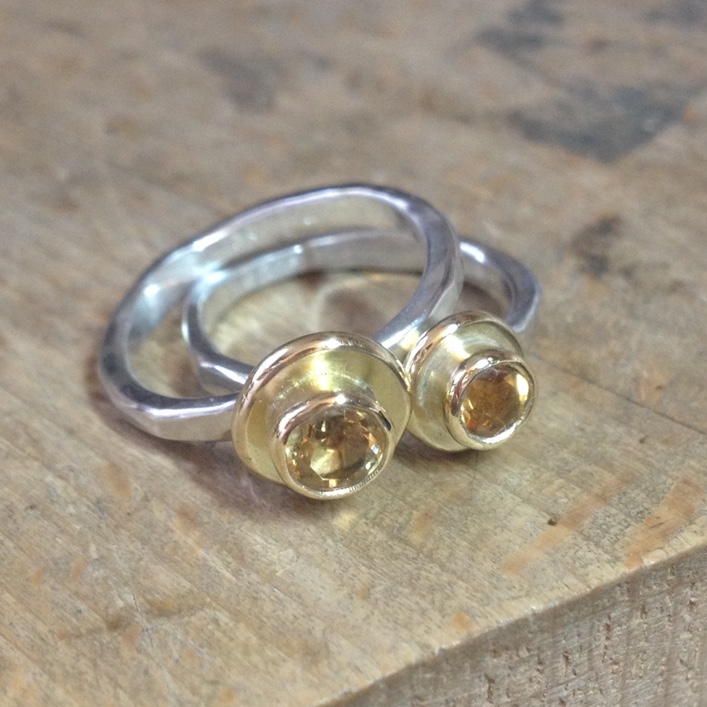 HJ_BESPOKE_Gold Pod Rings with Citrine