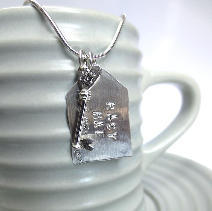 HJ_BESPOKE_Key and Tag pendant