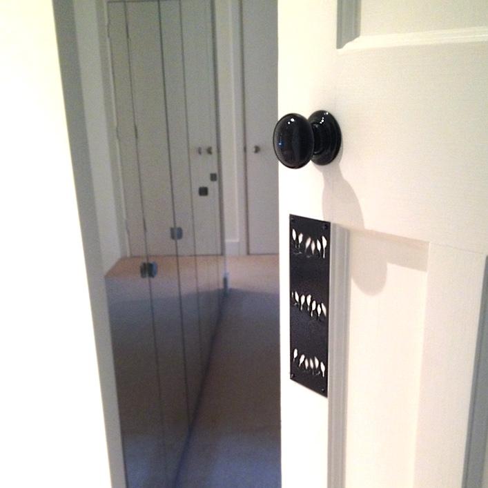 HJ_BESPOKE_Master Bedroom Doorplate