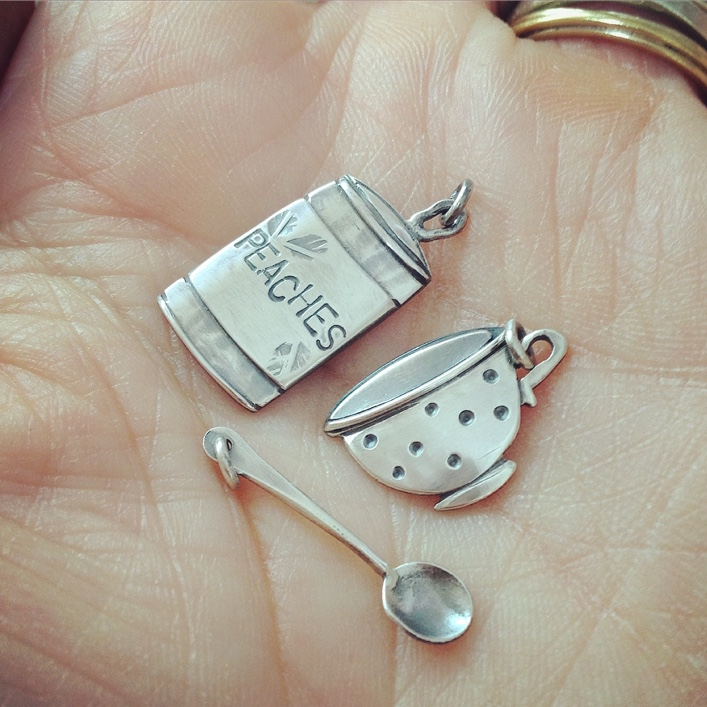 HJ_BESPOKE_Peaches, Spoon and Teacup Pendant1