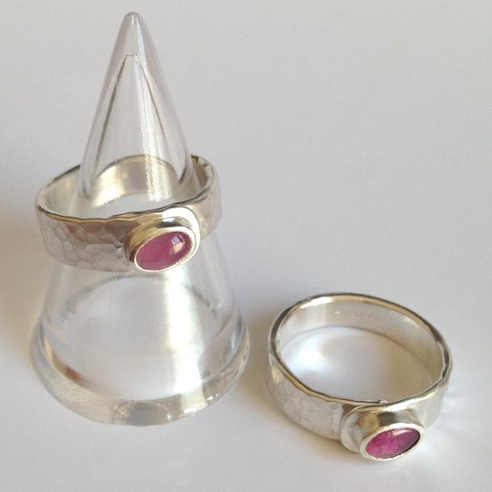 HJ_BESPOKE_Pink Saph Expandable Rings