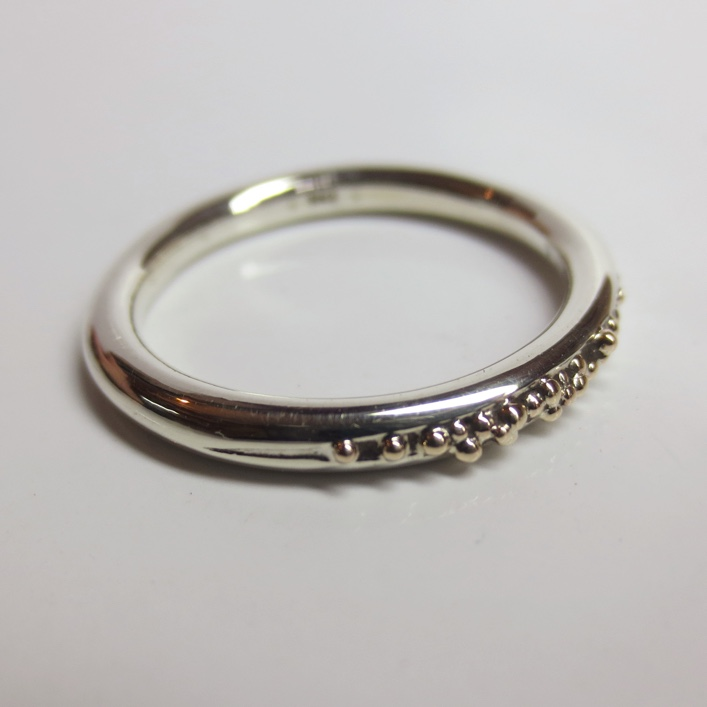 HJ_BESPOKE_Silver and 9ct gold granulation