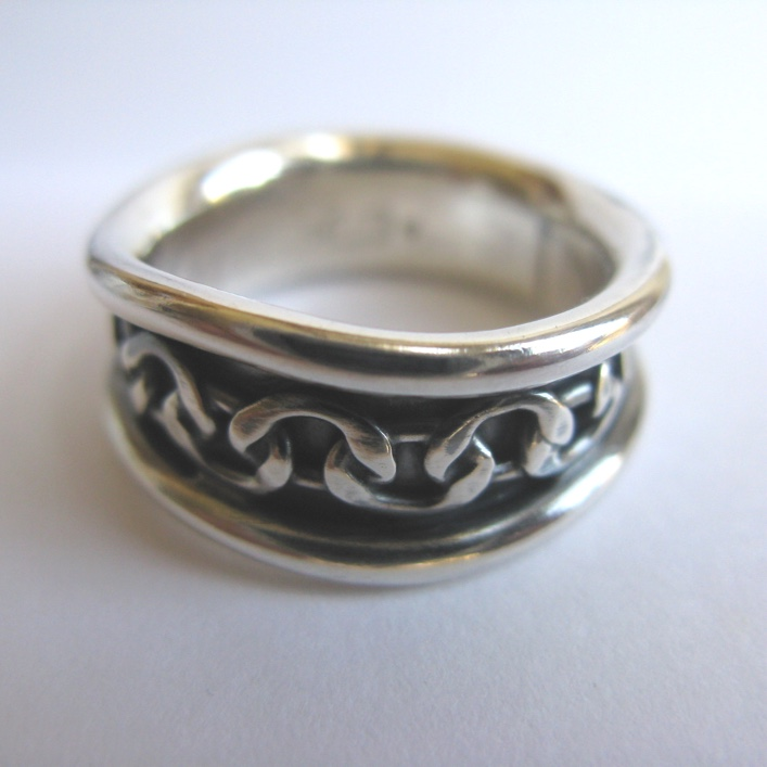 HJ_BESPOKE_Wedding Band