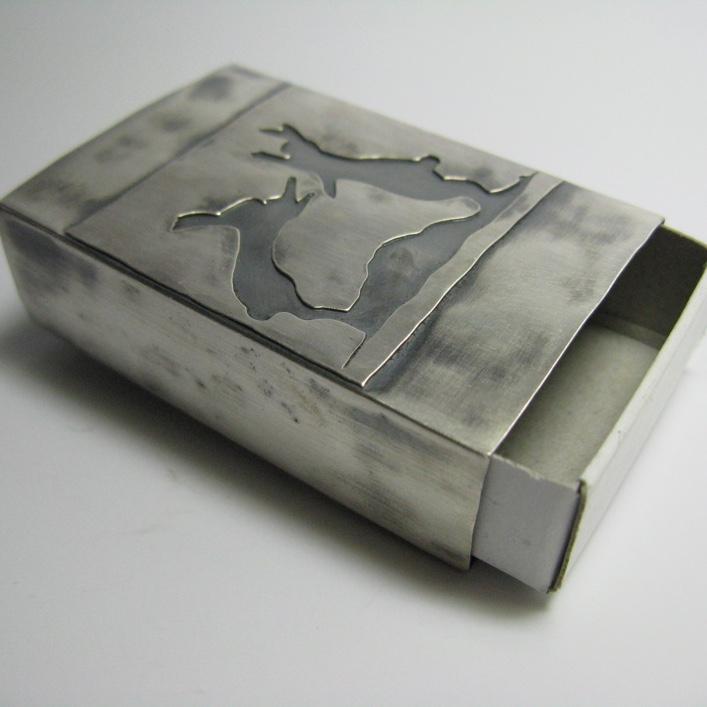 HJ_BESPOKE_Boxing Hares Matchbox