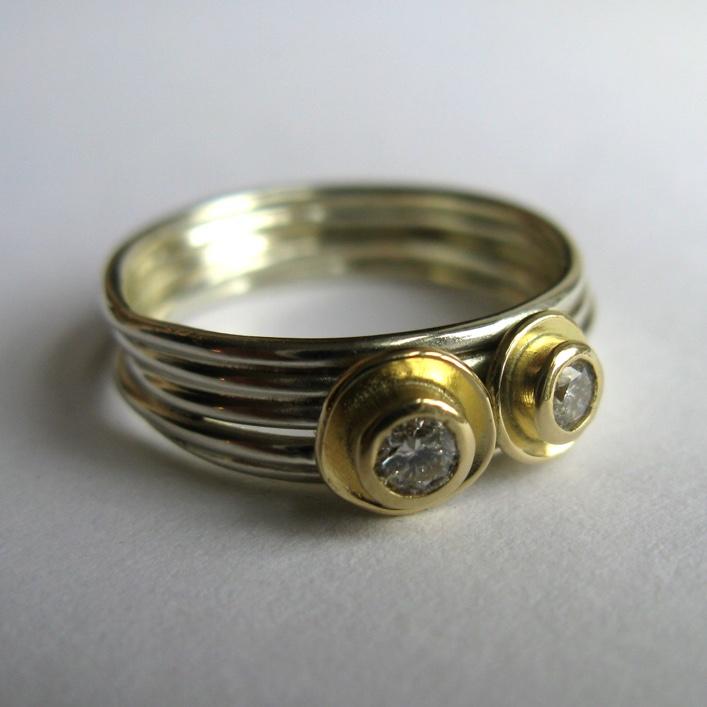HJ_BESPOKE_Gold and Diamond Pod Rings