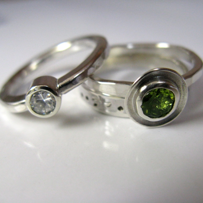 HJ_BESPOKE_Peridot and Aquamarine Stack