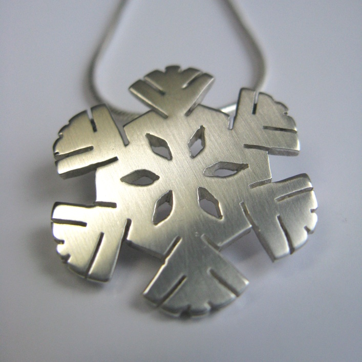 HJ_BESPOKE_Snowflake
