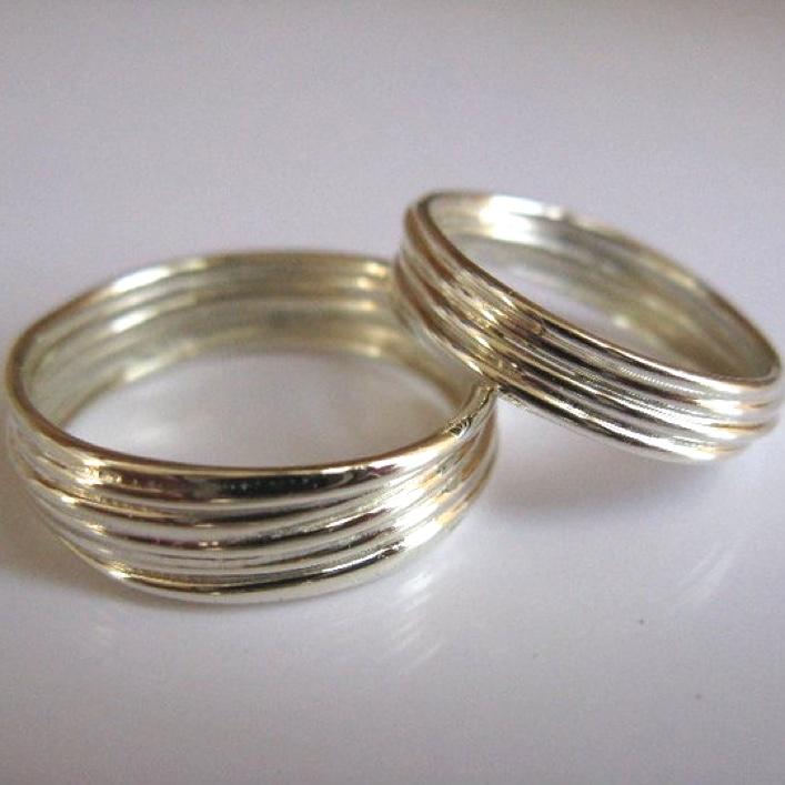 HJ_BESPOKE_9ct White Gold Strand Wedding Rings