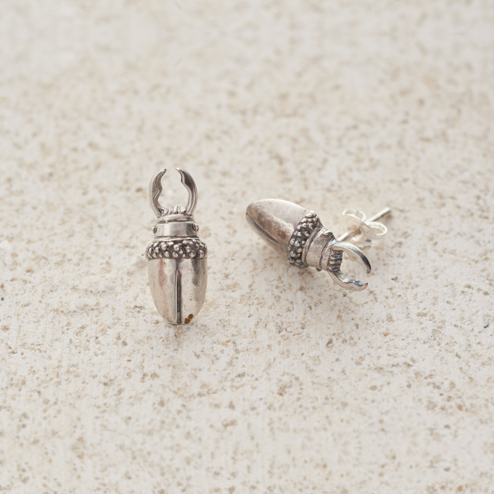 Earrings-Charm Stud-Stag-Silver