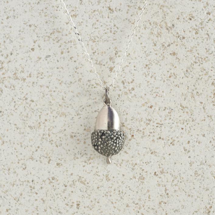 Necklaces-Charm Pendants-Acorn-Small-Silver