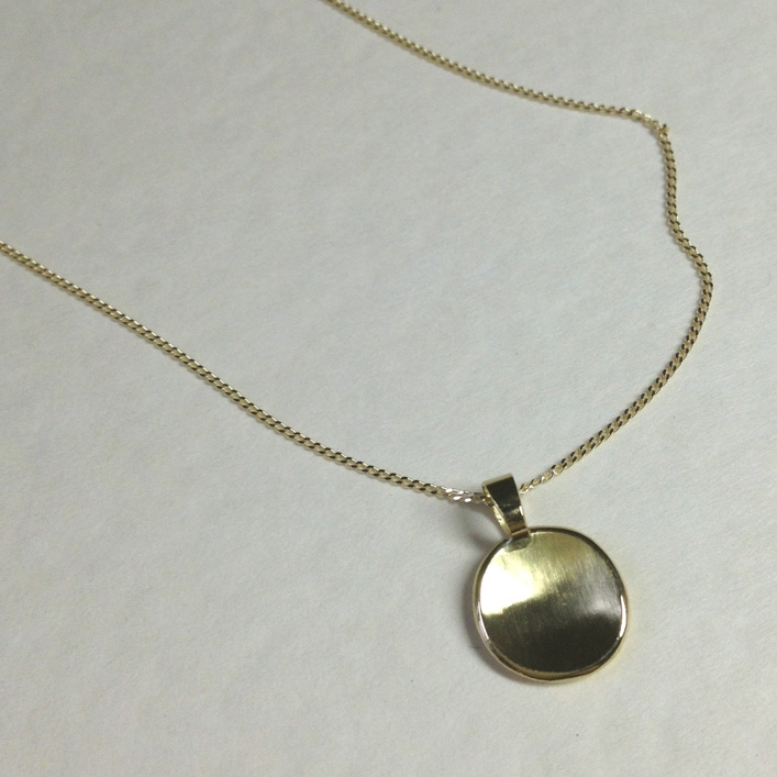HJ_BESPOKE_Inherited Gold Pod Pendant 3