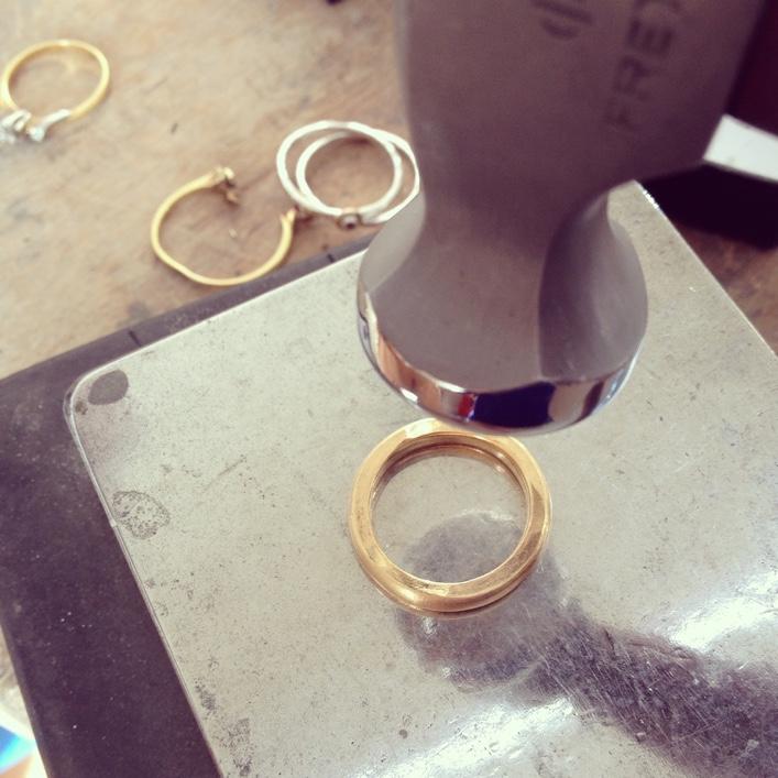 HJ_BESPOKE_Inherited Diamond Pod Rings 2