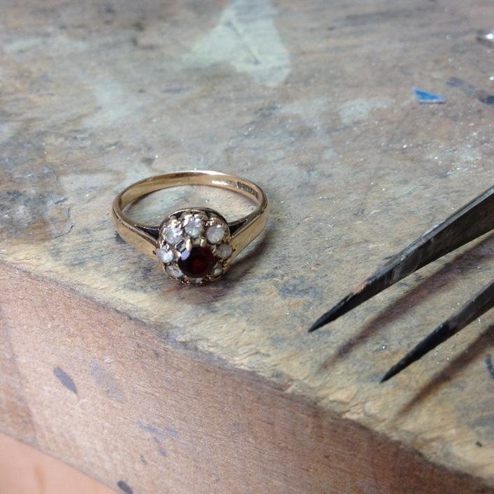 HJ_BESPOKE_Inherited Garnet&Diamond Pod Stack1