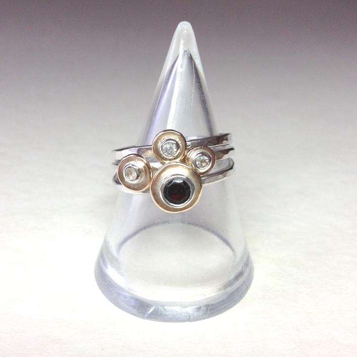 HJ_BESPOKE_Inherited Garnet&Diamond Pod Stack3