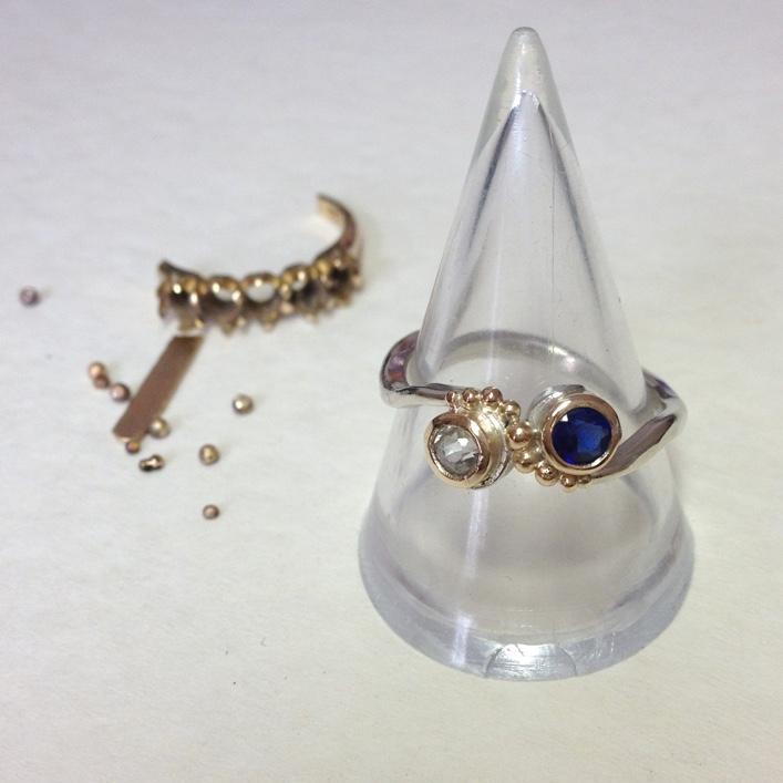 HJ_BESPOKE_Inherited Sapphires, Twist Ring 1
