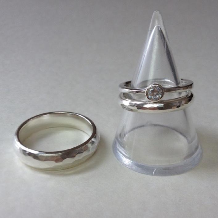 hj_bespoke_engagement-ringwedding-bands-1