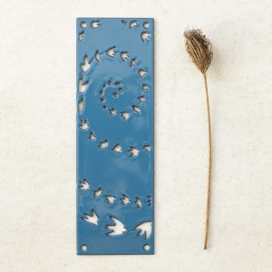 hj_shop_teal_doorplate_fly_prop
