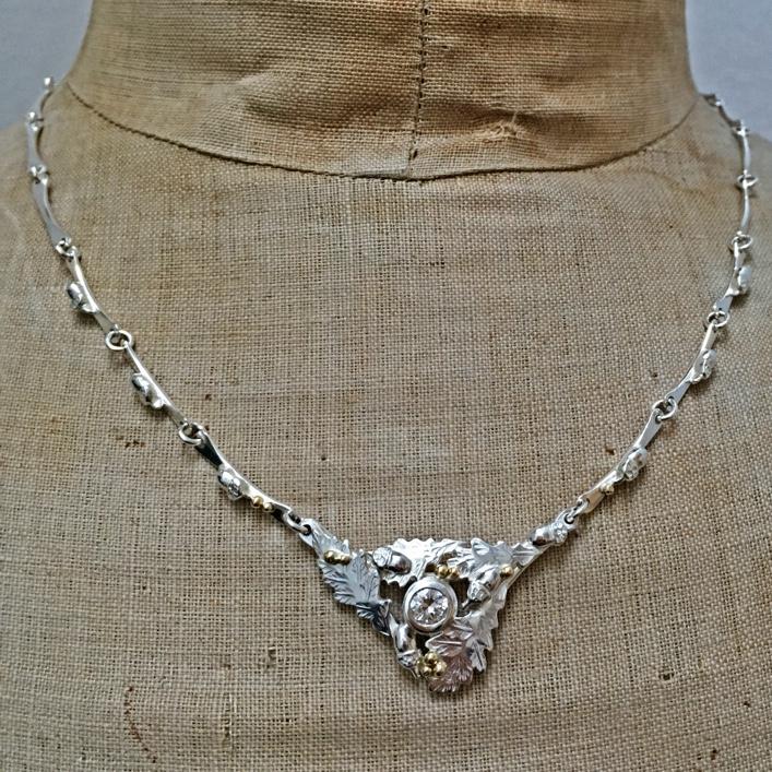 HJ_BESPOKE_diamond_oak_leaf_neckpiece