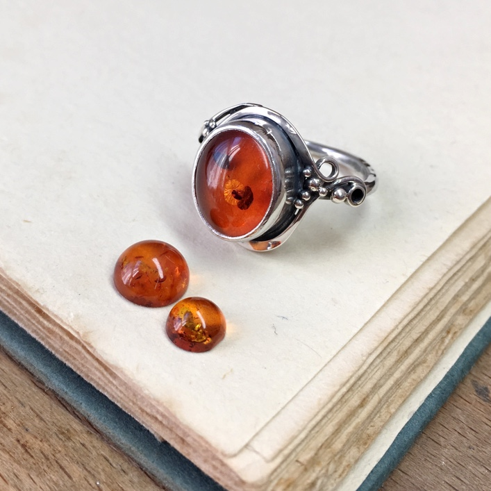 HJ_BESPOKE_FILIGREE_AMBER_RING