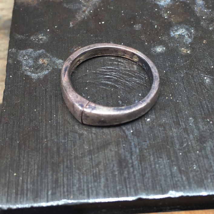 HJ_BESPOKE_DOUBLE_DIAMOND_RING