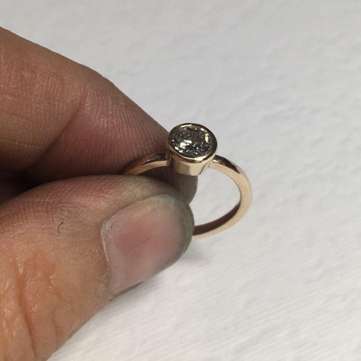 HJ_BESPOKE_9ct_gold_DIAMOND